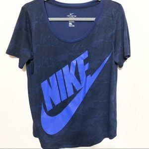 The Nike Tee Navy Scoop Neck Athletic Cut T-shirt